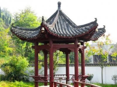 中式六角凉亭
